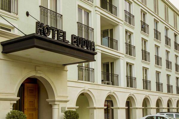 hotel-budva-jpg006F78A5608-FA7C-B4B4-08FD-92913BE48E21.jpg