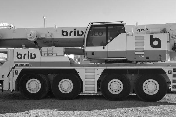 liebherr-dizalica-nova50F23DE5-AA5E-5EFF-1560-4B2E19F74F96.jpg
